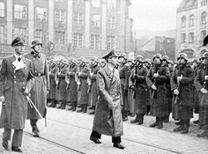 1940, November. Goebbles visits Oslo.