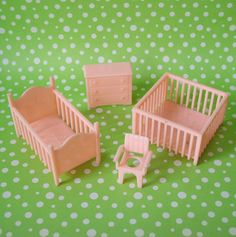 Vintage Marx dollhouse nursery- These look so familiar. I must have had them when I was little.
