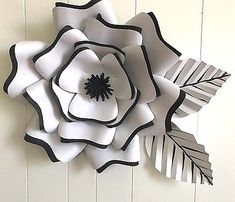 Details about X-Large, giant paper flower, large paper flower, big paper flower AMELIA Paper Quilling Flowers, Large Paper Flowers, Crepe Paper Flowers, Paper Roses, Diy Flowers, Cardboard Box Crafts, Newspaper Crafts, Mason Jar Crafts, Mason Jar Diy