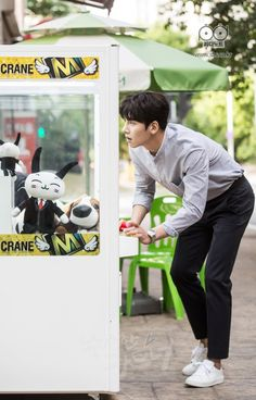 "[Drama] More breath-holding stills and behind-scenes from ""Suspicious Partner"" 