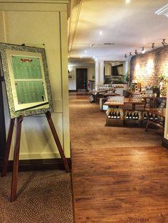 Rustic elegance Rustic Elegance, Drafting Desk, Reception, Elegant, Drinks, Furniture, Home Decor, Classy, Drinking