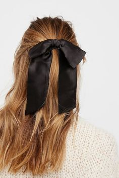 Hair bow, hair accessories, fashion and style inspiration