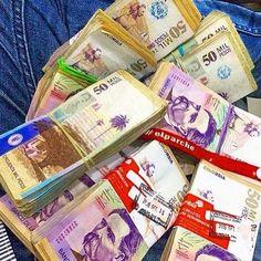 Buenas Tardes seguidores 💰💰💰💰💰💰💰💸💸💸💸💸💸💵💵💵💵💵#luxuryrich5.7 #luxurycars #luxurywatch  #luxuryhomes #luxurylife #luxurycar #luxurystyle #money  #emprendedor #motivation #motivacion #empresa #exito #lujo #lifestyle #rich  #dinero #luxuryfashion #luxury #lifestyle #bikini #millonario #millionaire #colombia #abs #medellin #feliznavidad #dolares #toyota #inocentes - posted by Luxury World Rich 5.7 https://www.instagram.com/luxuryrich5.7 - See more Luxury Real Estate photos from…