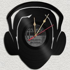 For the music lover in your life...an upcycled vinyl record turned clock!
