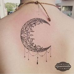 Lua ornamental Tattoo Artist: maxbonari . ℐnspiração 〰 ℐnspiration . #tattoo #tattoos #tatuagem #tatuaje #ink #tattooed #moon #lua #TatuagensFemininas