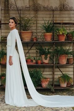 All brides imagine finding the most suitable wedding, however for this they require the most perfect bridal gown, with the bridesmaid's dresses enhancing the wedding brides dress. Here are a few ideas on wedding dresses. Star Wars Wedding, Mod Wedding, Wedding Bride, Wedding Gowns, Wedding Day, Wedding Album, Bridal Gown, Amazing Wedding Dress, Perfect Wedding