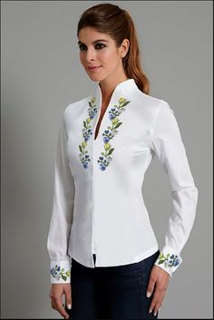 Tops with blouse collar Shirts for sewing class - Womens shirts with collars Stand Collar Shirt, Collar Blouse, Collar Shirts, Shirt Blouses, Collars, Shirt With Collar, Chinese Collar Shirt, Chinese Shirt, White Shirts Women