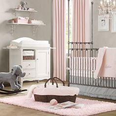 In lovvvve with this pink and grey nursery.. Just need to some pattern in it.. Damask would look gorgeous with these colors!