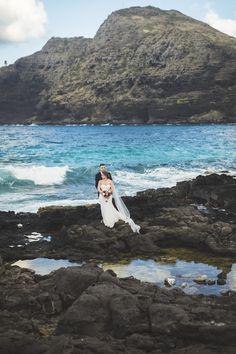 Hawaii destination beach Wedding Makapuu Beach by : www.angiediazphotography.com
