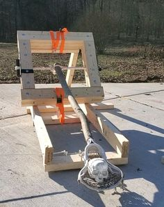 The Skein of Pain - AKA Mangonel - Torsion Catapult : 9 Steps (with Pictures) - Instructables Popsicle Stick Crafts, Craft Stick Crafts, Craft Sticks, Girl Scout Swap, Girl Scout Leader, Apocalypse Survival Kit, Kreg Screws, Shop Class, Brownie Girl Scouts