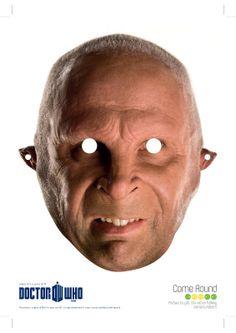 RuinRomo.com encourages fans to use Jessica Simpson masks ...