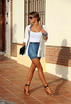 Dar kot etek ve beyaz ceket modeli | Fashion Lovers