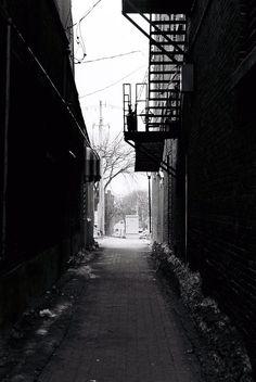 Dark Alleyway by ~thewestfold on deviantART