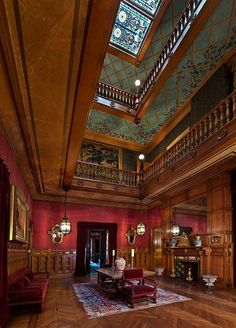 NEWPORT, R. - Château-sur-Mer, though smaller than its Bellevue Avenue neighbors, was Newport's first Nineteenth Century mansion. Gothic Interior, Mansion Interior, Old Mansions Interior, Victorian House Interiors, Victorian Homes, Victorian Era, Newport, Architecture Details, Interior Architecture