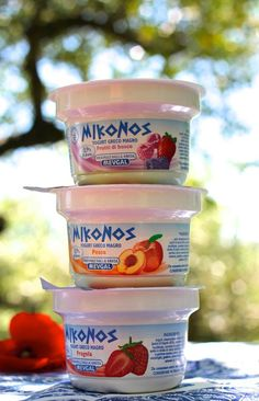 Buongiorno a tutti! Quale Mykonos scegliete per la merenda di questa mattina: pesca, fragola o frutti di bosco? Questi e tanti altri gusti per voi, non c'è che l' imbarazzo della scelta! Buon inizio settimana!