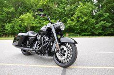 2017 Harley-Davidson Road King Special - Vivid Black #harleydavidson #roadking #hdofgreensboro