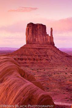 Sunset, West Mitten (Monument Valley)