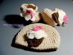 Cupcake Beanie and Booties with applique pdf 243 by SandysCapeCodOrig on Etsy