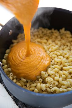 Cheesy Butternut Squash Pasta 15 Delicious Meatless Dinners That Are Perfect For Fall Baby Food Recipes, Fall Recipes, Cooking Recipes, Pumpkin Recipes, Easy Cooking, Drink Recipes, Easy Pasta Dishes, Food Dishes, Veggie Dishes