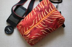 DSLR Camera bag for Women Padded Travel shoulder/neck/crossbody case Canon Nikon pouch insert Zip purse Handmade photographer's gift for her by TakeCraftsOut on Etsy Camera Bag Backpack, Dslr Camera Bag, Small Camera, Photographer Gifts, Nikon, Sunglasses Case, Gifts For Her, Pouch, Zip
