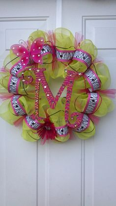 "Deco Mesh ""M"" wreath by Tonia"
