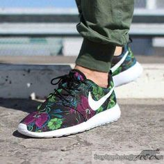 Mens And Womens Nike Roshe Run Jogging Shoes Floral