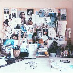 @zdml Cute Teen Rooms, Bedroom Decor, Bedroom Wall, Wall Decor, Desk Inspiration, Uni Room, Home Office, Room Goals, Dream Decor