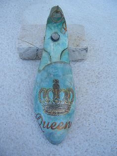 Vintage shoe last with decoupage decorations Queen by eleles, £90.00