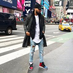 d0250a3e17d Ways to Wear: Air Jordan 1 Bred | 潮 | Air jordans, Sneakers fashion ...