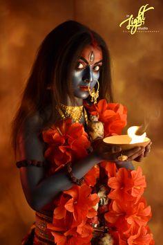 Kali Shiva, Kali Puja, Kali Hindu, Shiva Art, Indian Goddess Kali, Goddess Art, Durga Goddess, Maa Kali Images, Shiva Parvati Images