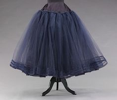 1955 Petticoat, Metropolitan museum of art (not very victorian, but great example of use of yoke to reduce bulk)