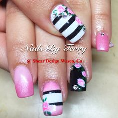 Pink spring flower gel nails