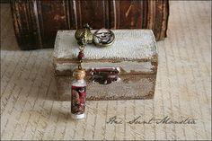 La Mummia - set collana + scatola dark gothic antico egitto con boccetta in vetro : Collane di hic-sunt-monstra