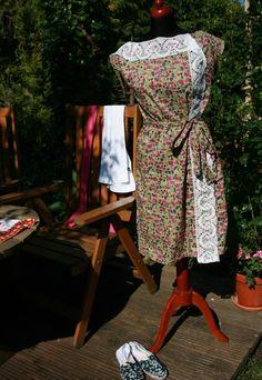 Süßes, knielanges Kleid aus Liberty London - Tana Lawn - einem wirklich feinen englischen Baumwollstöffchen. Das Kleid ist...