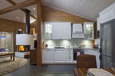 Huvila Nuuna Livo - Kuusamo Hirsitalot Sweet Home, Kitchen Cabinets, Table, Furniture, Home Decor, Wood Frame House, Kitchens, Finland, Houses