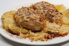 Chicken breast baked in cream cheese. Recipes with photos. Healthy Baked Chicken, Baked Chicken Breast, Baked Chicken Recipes, Chicken Breasts, Lean Meat Recipes, Stew Meat Recipes, Cooking Recipes, Cheese Recipes, Cooking Food
