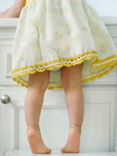 Here Home Memories~ Yellow Cottage, Cozy Cottage, Short Dresses, Girls Dresses, Summer Dresses, Fashion Moda, Crochet Trim, Crochet Edgings, Kid Styles
