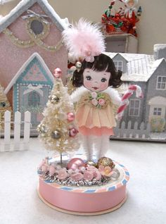 SaturdayFinds - Vintage-Inspired Gifts, Timeless Treasures and More!: Creating a Christmas Diorama