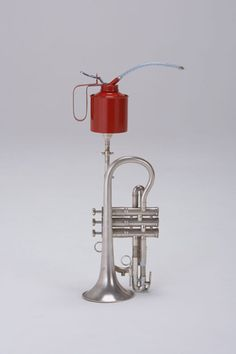 539_trumpet--oil-can