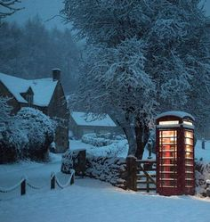 Hello Winter, Winter Love, Winter Is Here, Beautiful Scenery Pictures, Beautiful Places, England Winter, Cottage Christmas, British Countryside, Winter Scenery