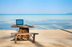 Immer mehr Menschen begeistern sich für das ortsunabhängige Arbeiten. Diese e-Books geben Tipps, wie angehende Digitale Nomaden durchstarten können.