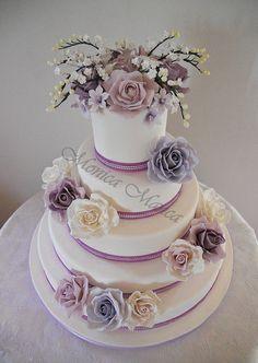 wedding cake lilac by MonicaManca cakes, via Flickr