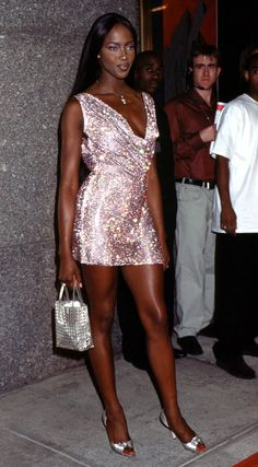theslaysdays:     Naomi Campbell arrives before the 1997 MTV Video Music Awards on September 4 1997