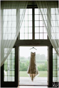 NJ & NY Wedding Photographer | Kate Connolly Photography | www.kateconnollyblog.com | Veritas Winery | Afton VA | vineyard wedding | dress