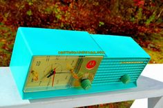 AQUA BLUE Bi-level Retro Jetsons 1957 Motorola 57CD Tube AM Clock Radio WORKS! Plays your MP3 music and Bluetooth enabled Apps!