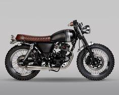 Tracker Motorcycle, Custom Motorcycle Helmets, Retro Motorcycle, Motorcycle Types, Cafe Racer Motorcycle, Racing Motorcycles, Motorcycle Design, Women Motorcycle, Custom Moped