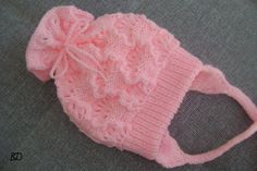 Crochet Flap Hat For Kids - Crafts Ideas - Diy Crafts - Marecipe Baby Knitting Patterns, Knitting Baby Girl, Baby Girl Patterns, Knitting Designs, Crochet Patterns, Knit Baby Dress, Knitted Baby Clothes, Knitted Hats, Crochet Hats