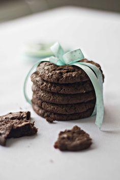 eat pray bake: Chocolate and Banana Cookies