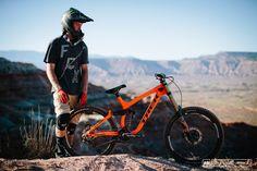 Red Bull Rampage Looking at 34 Bikes - Pinkbike Mtb Bicycle, Bmx, Motocross, Mountian Bike, Downhill Bike, Trek Bikes, Bike Seat, Old Bikes, Bicycles