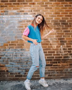 Fall 2018 outfit ideas meet fashion—shoes, bags and clothes you can wear on repeat. Tomboy Fashion, 80s Fashion, Cute Fashion, Fashion Outfits, Fashion Shoes, Travel Outfits, Grunge Fashion, Modern Fashion, Style Année 90